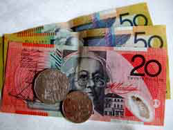 Australian notes and coins: Sydney Australia airport