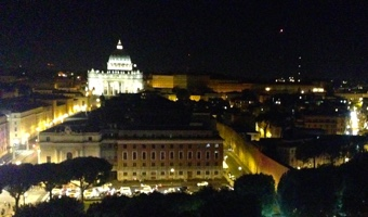 Tourist Visa Australia: the Vatican at night - its citizens are eligible for eVisitor visas