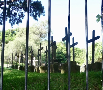 Sydney harbour walks: The cemetery of the sisters of the Sacred Heart