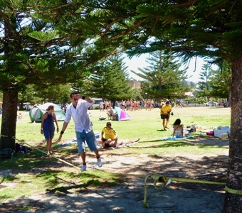 Coastal walk Sydney: training to be a tightrope walker at Coogee beach