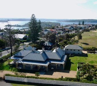 Another stunning Sydney view across the assistant lightkeepers cottages to the harbour
